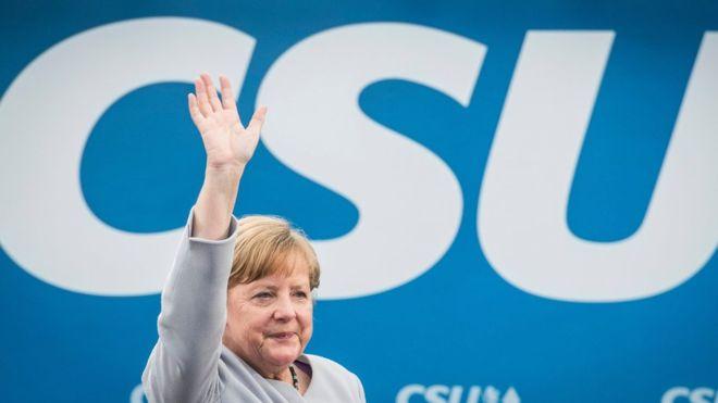 Merkel: Avrupa kaderini kendi ellerine almalı