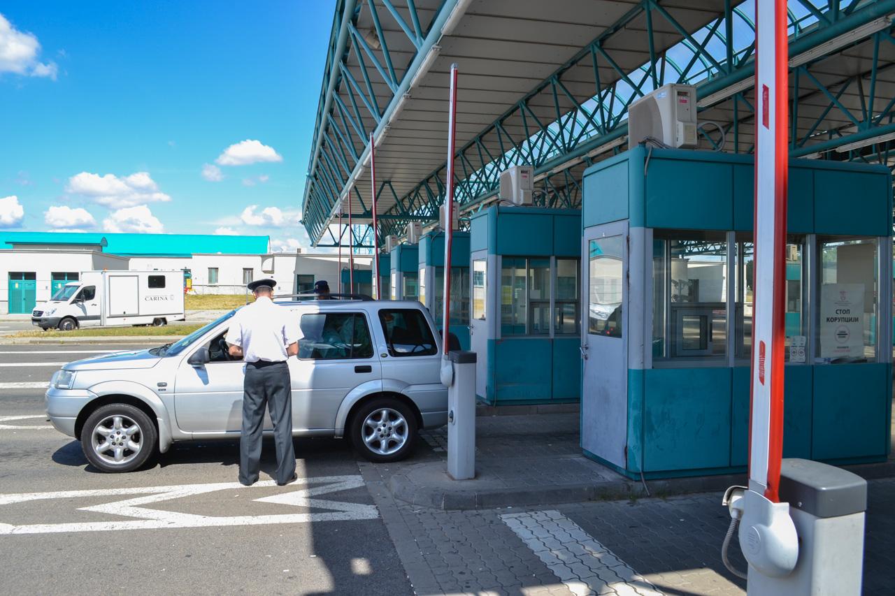 Sırbistan'dan geçecekler dikkat! Ehliyetinizin cebinizde kalmasını istiyorsanız Aşırı hız yapmayın